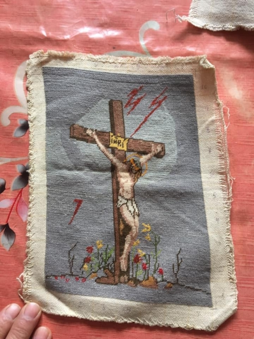 Gobelin Jesus on the Cross