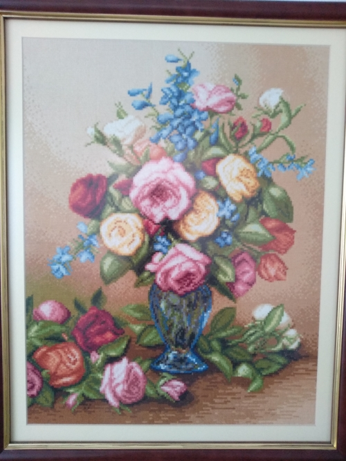 Gobelin Roses in a blue vase